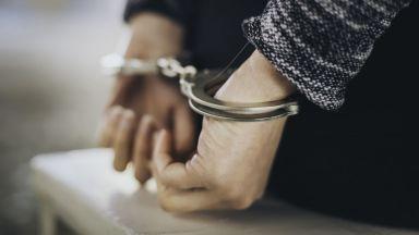 Задържаха главен данъчен инспектор за поискан подкуп от 10 000 лева