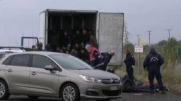 Полицията намери 41 мигранти в хладилен камион в Северна Гърция