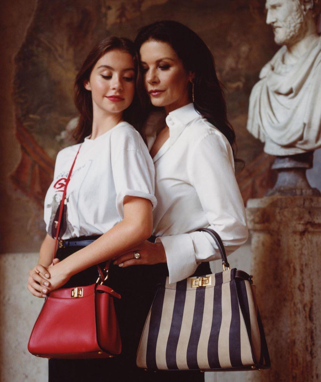 Катрин с дъщеря си Карис