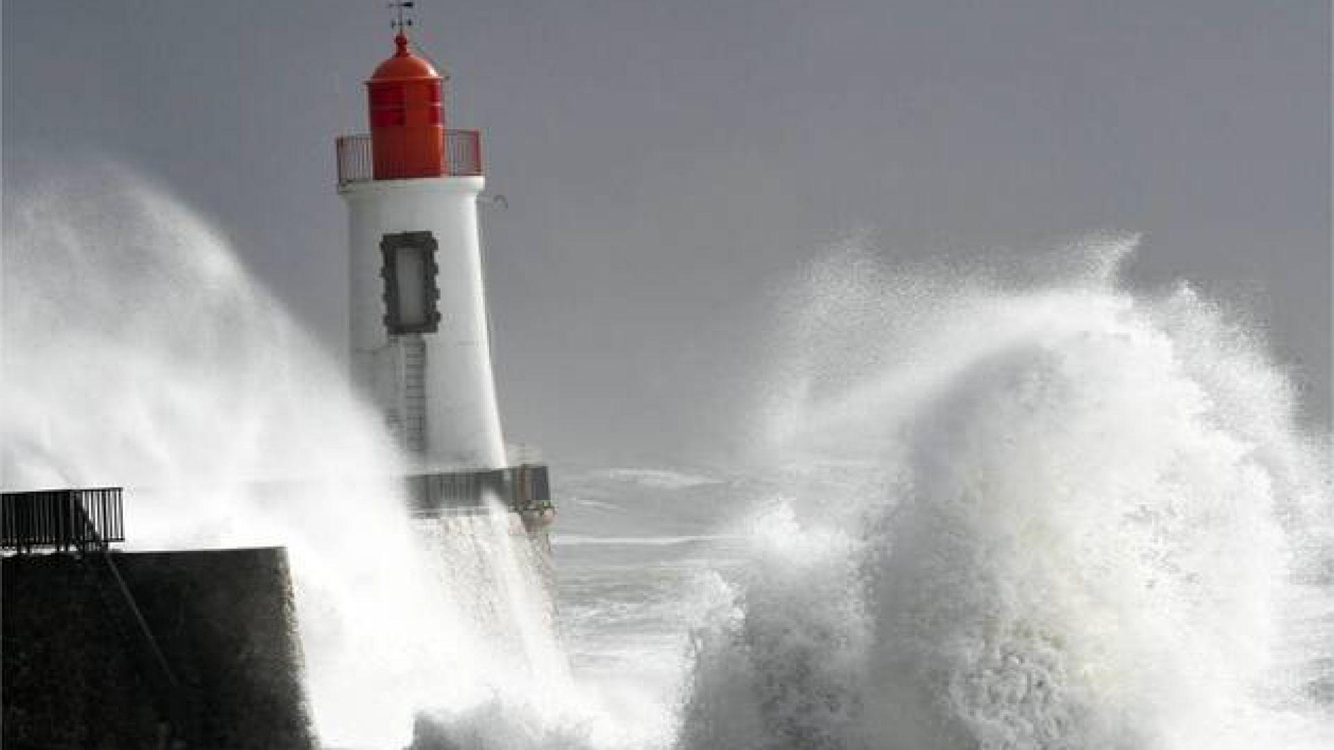 Петима души загинаха при вчерашните бури  в Югоизточна Франция