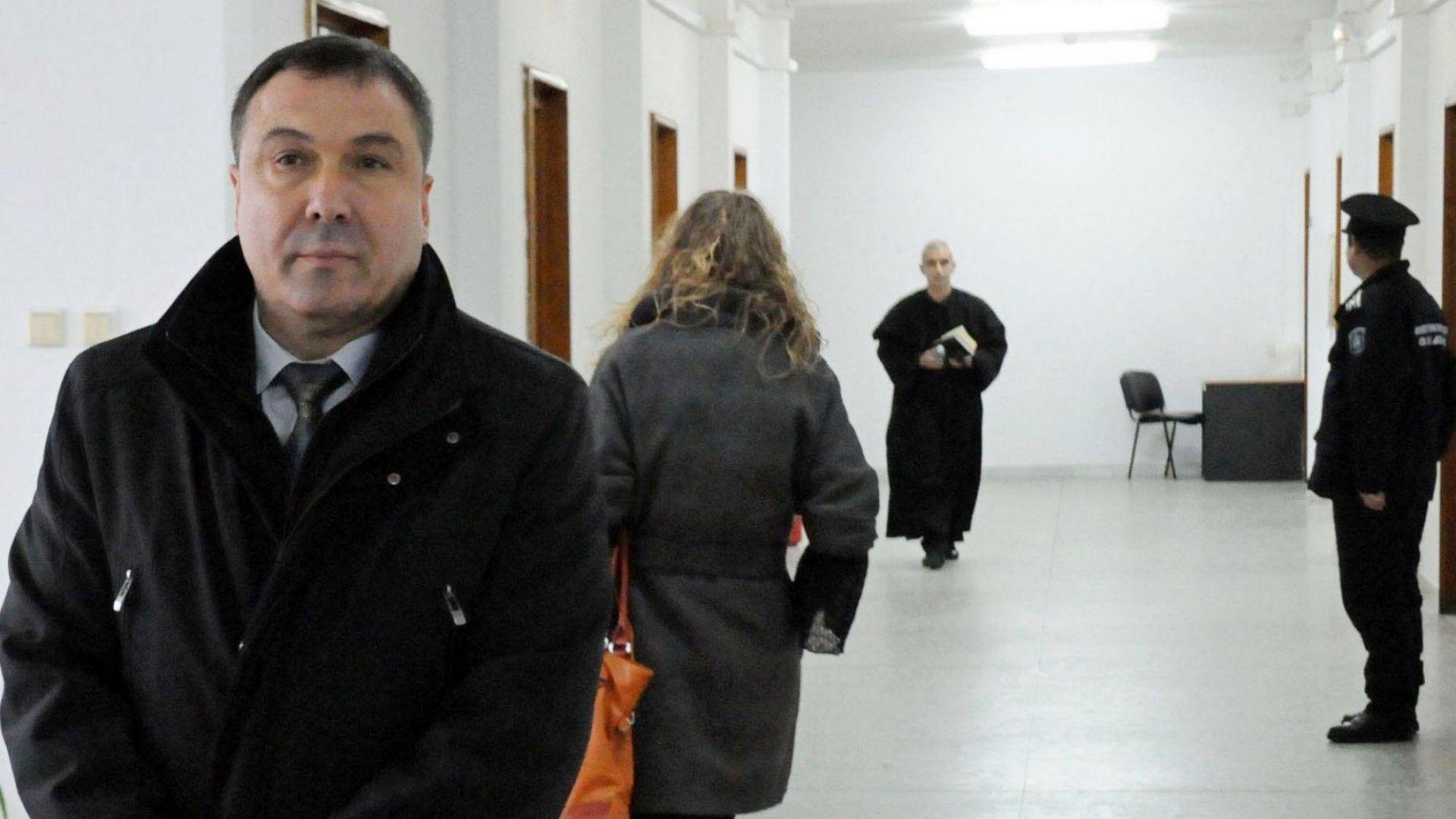 Питат ЦИК за казуса с кмета на Несебър
