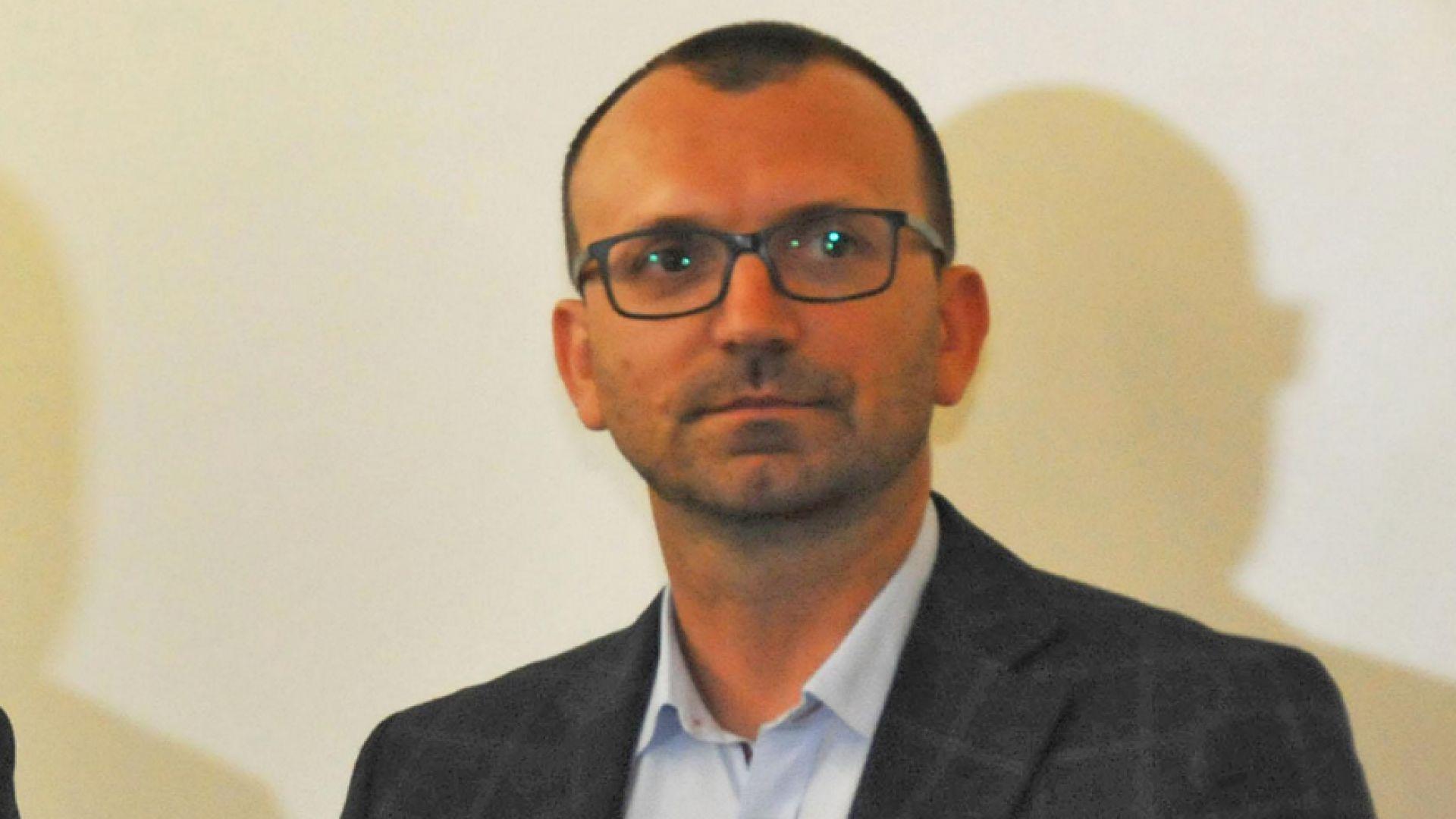 ЦИК: Областният управител да реши казуса с арестувания кмет на Несебър