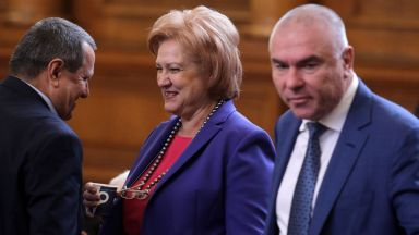 ОП: Горанов предложи рестрикцията с болничния. ГЕРБ: Не, определено бяха патриотите