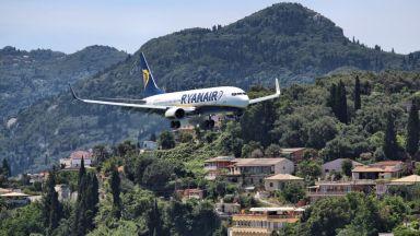"""Доставките на самолети """"Боинг"""" са намалели с над 50% от началото на годината"""