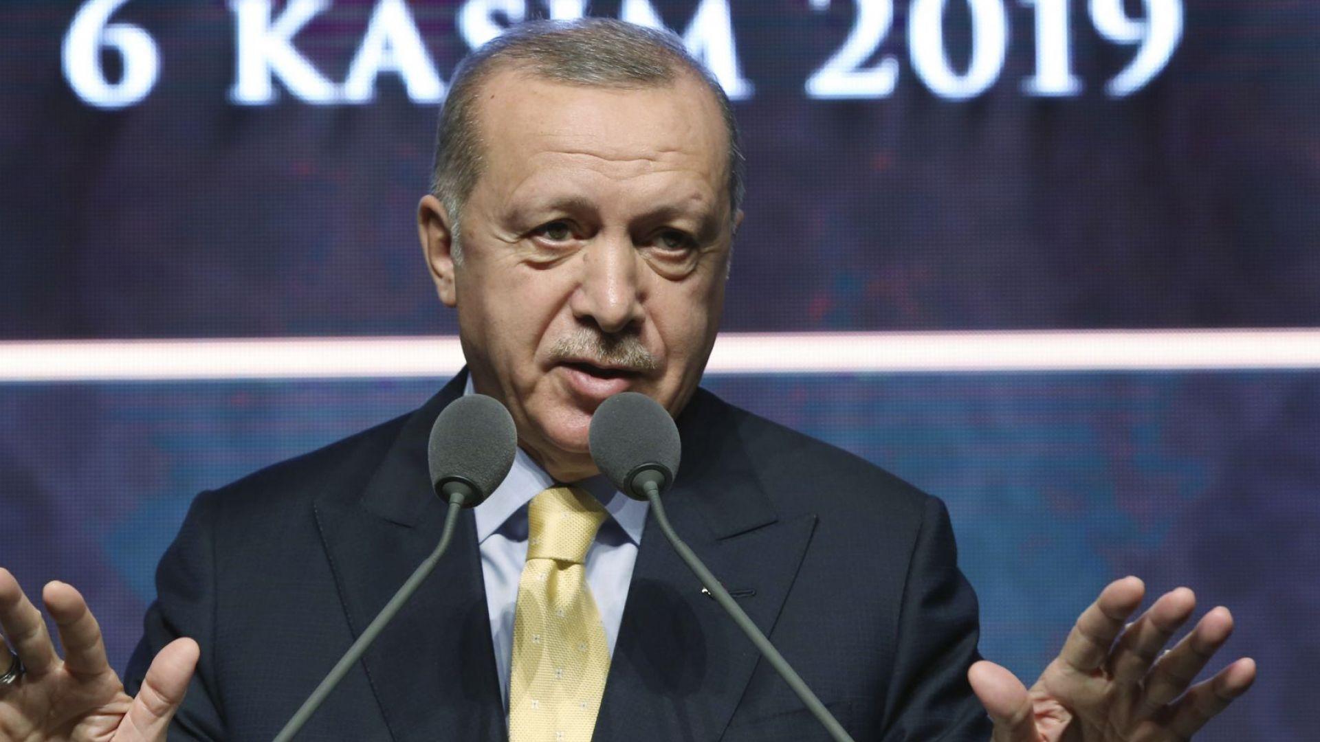 Ердоган лично ще върне прочутото писмо на  Тръмп