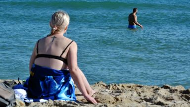 Затопля се от утре, няколко дни ще става за октомврийски плаж