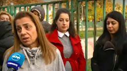 Родители се вдигнаха в защита на възпитателката, обвинена в тормоз над дете (обновена)