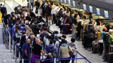 Луфтханза предвижда намаляване на разходите на фона на стачка