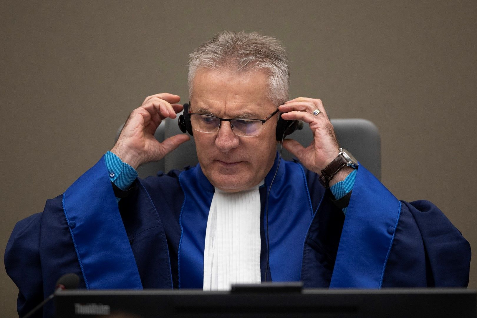 Съдията Робърт Фремр от Международния наказателен съд чете присъдата над Боско Нтаганда