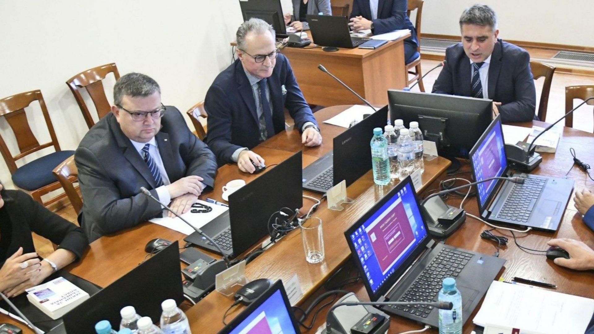Цацаров: Радев просто изпълни Конституцията