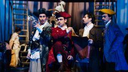"""С """"Островът на съкровищата"""" и """"Апарт"""" театър Азарян се включва в Нощ на театрите"""