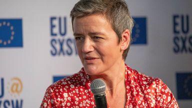 Еврокомисар подкрепи шофьорите на Юбер и доставчиците на храна