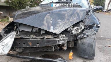 Пияна жена заби колата си в магазин в Пловдив (снимки, видео)
