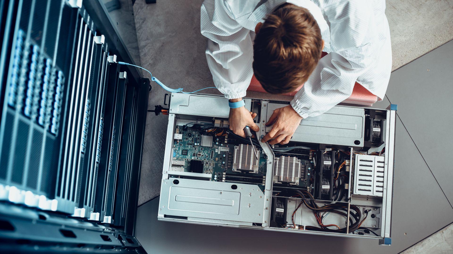 Какво са виртуалните сървъри и имаме ли нужда от тях