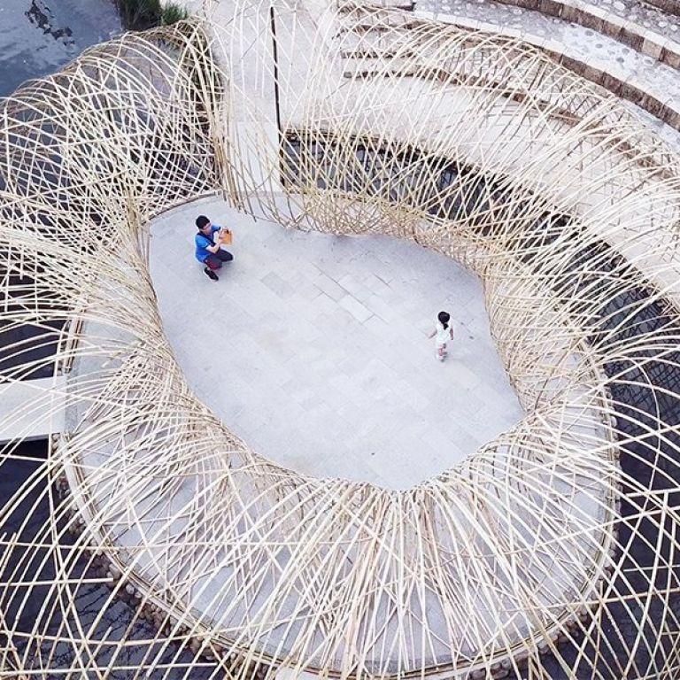Зрелищен павилион, изработен изцяло от бамбук