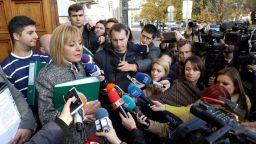 Манолова: Вместо да върнат пари заради намалението на газа с над 40 %, може да има доплащане със задна дата за парно
