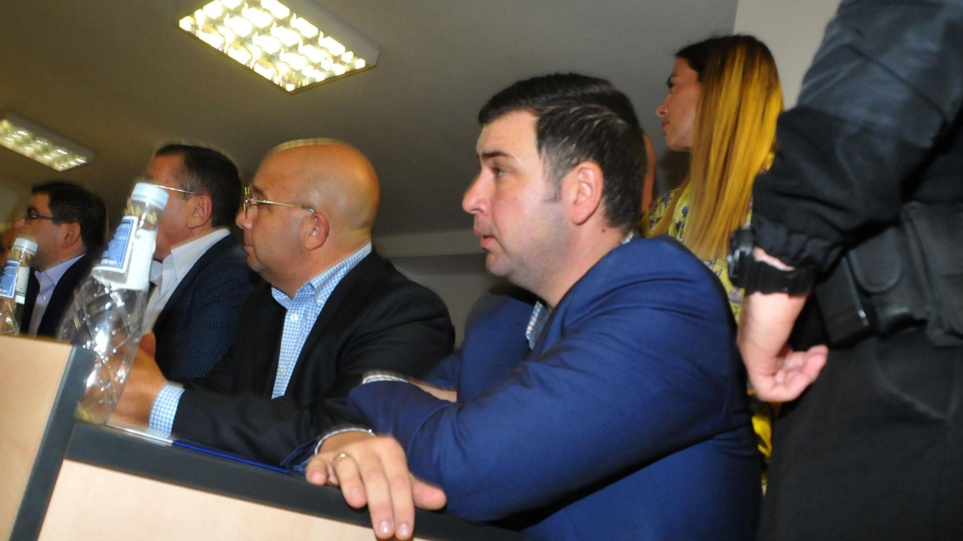 Адвокатът на несебърския кмет: Моят клиент няма да напусне и да избяга от страната