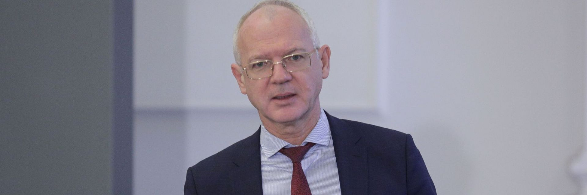 Васил Велев: Пълно възстановяване ще има чак през 2022 г.
