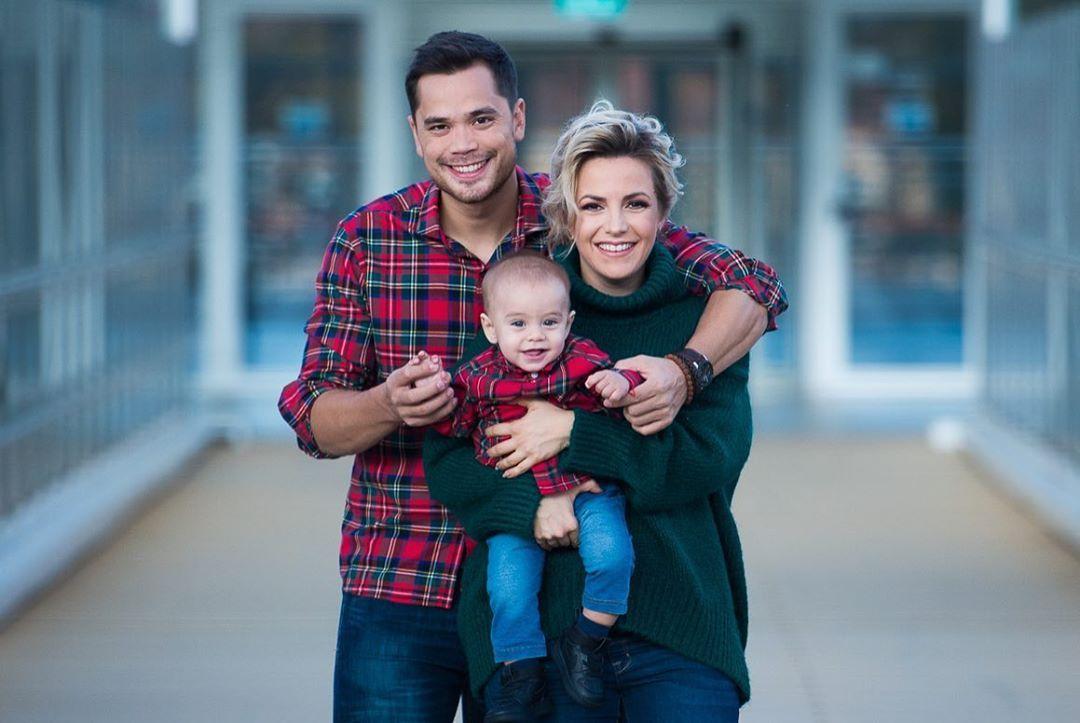 Поли с Джоузеф и сина им Даниел