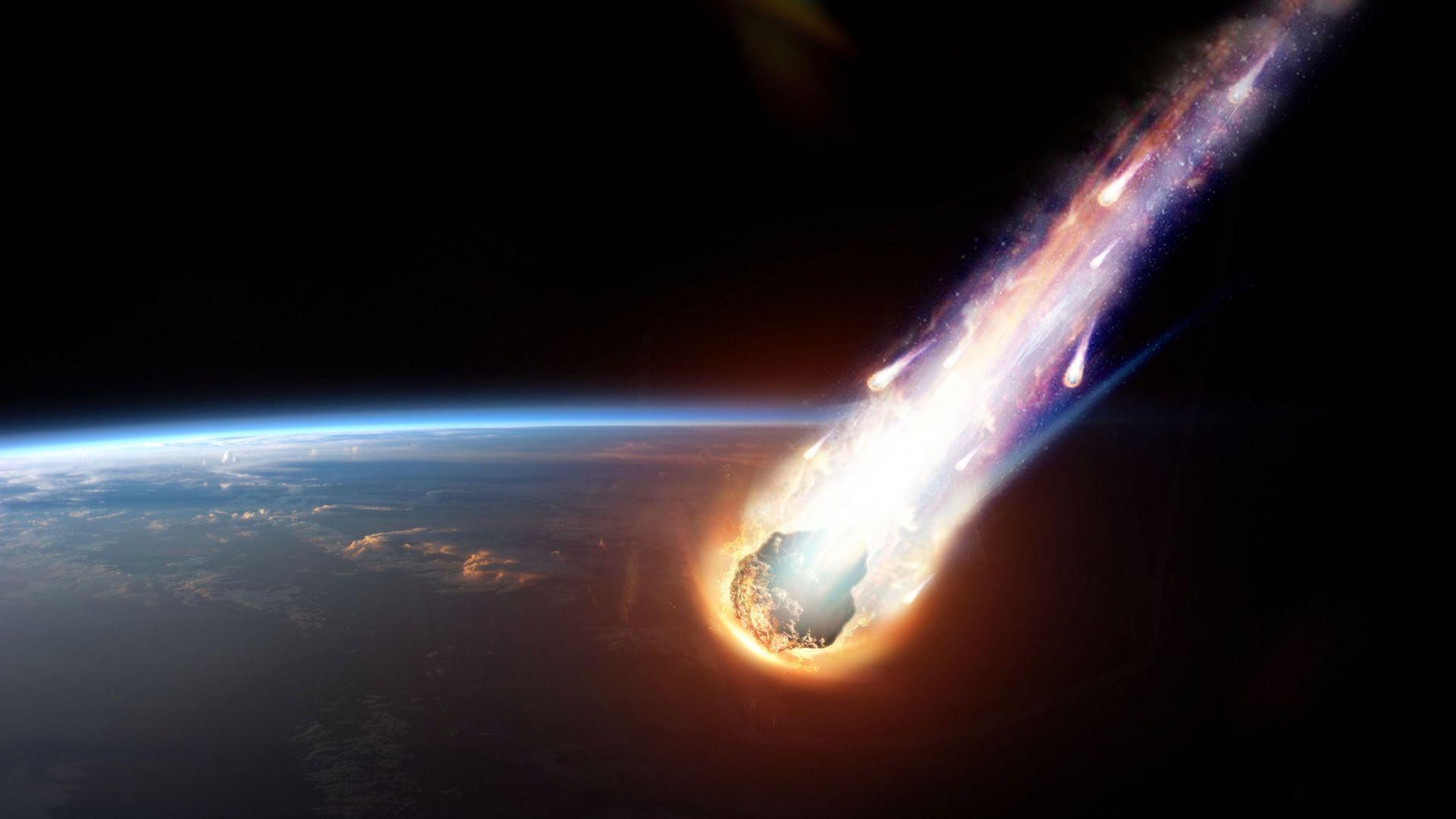 Ярък метеор стресна жителите на няколко американски щата (видео)