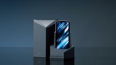 Motorola представи гъвкавият Razr