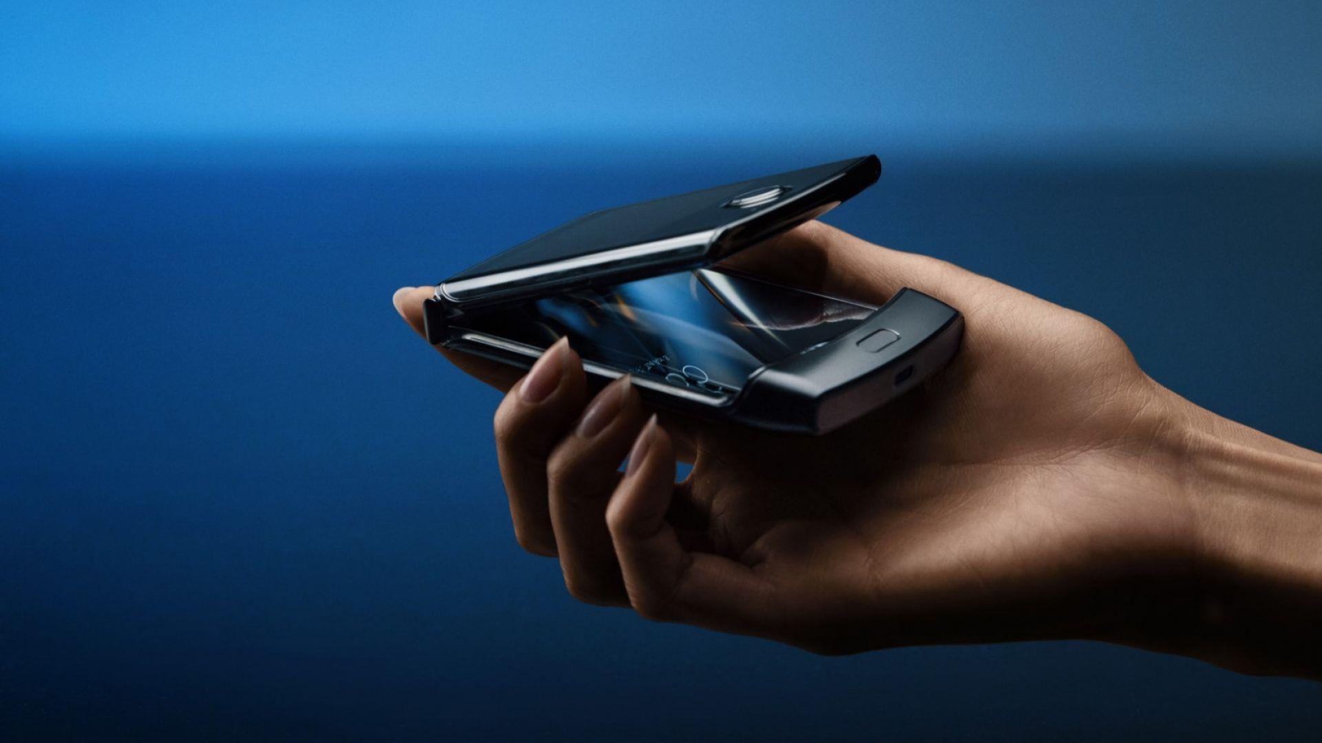 Какво знаем за следващия сгъваем смартфон на Motorola