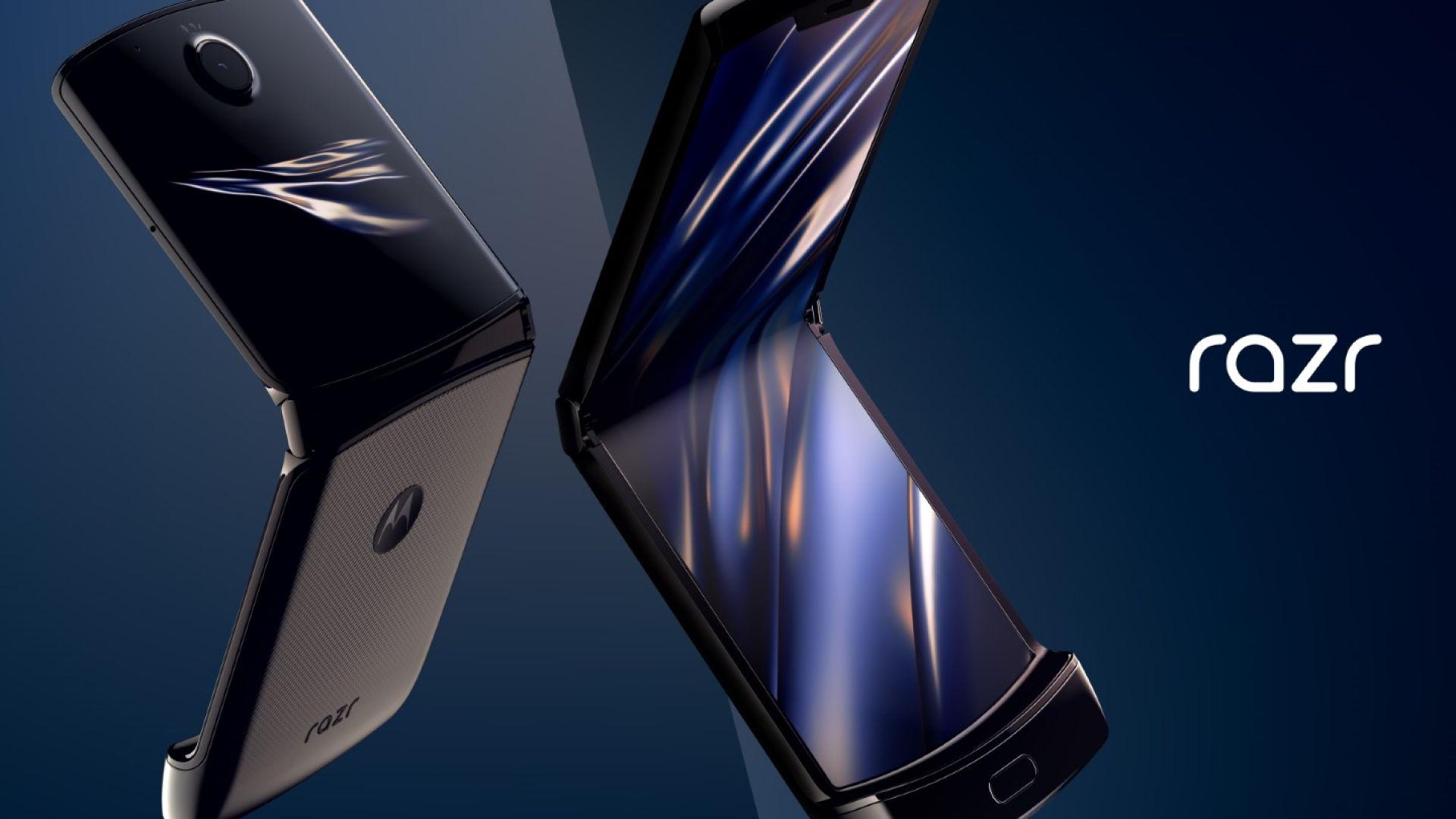 Motorola показва как тества сгъваемия дисплей на Razr