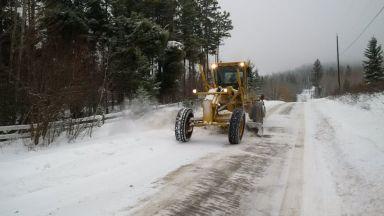Снеговалежи убиха човек и оставиха без ток стотици хиляди във Франция