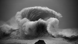 Вижте една колекция от мистични океански вълни