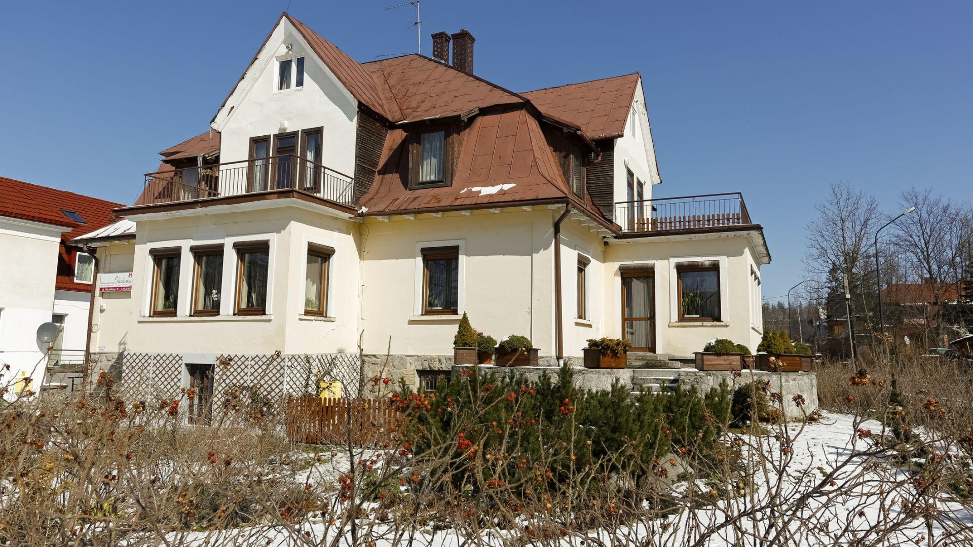Държавата глобява 158 къщи за гости с пълна санкция за над 43 млн. лв.