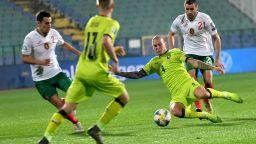 България победи за първи път Чехия на футбол и прекъсна черната серия