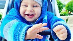 Синът на Антония Петрова проходи, преди да навърши 10 месеца (видео)