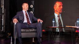 Стойчо Младенов: Щастието е в семейството, не в кариерата