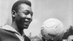 Краля на футбола на 80: Писмо от Пеле към Пеле