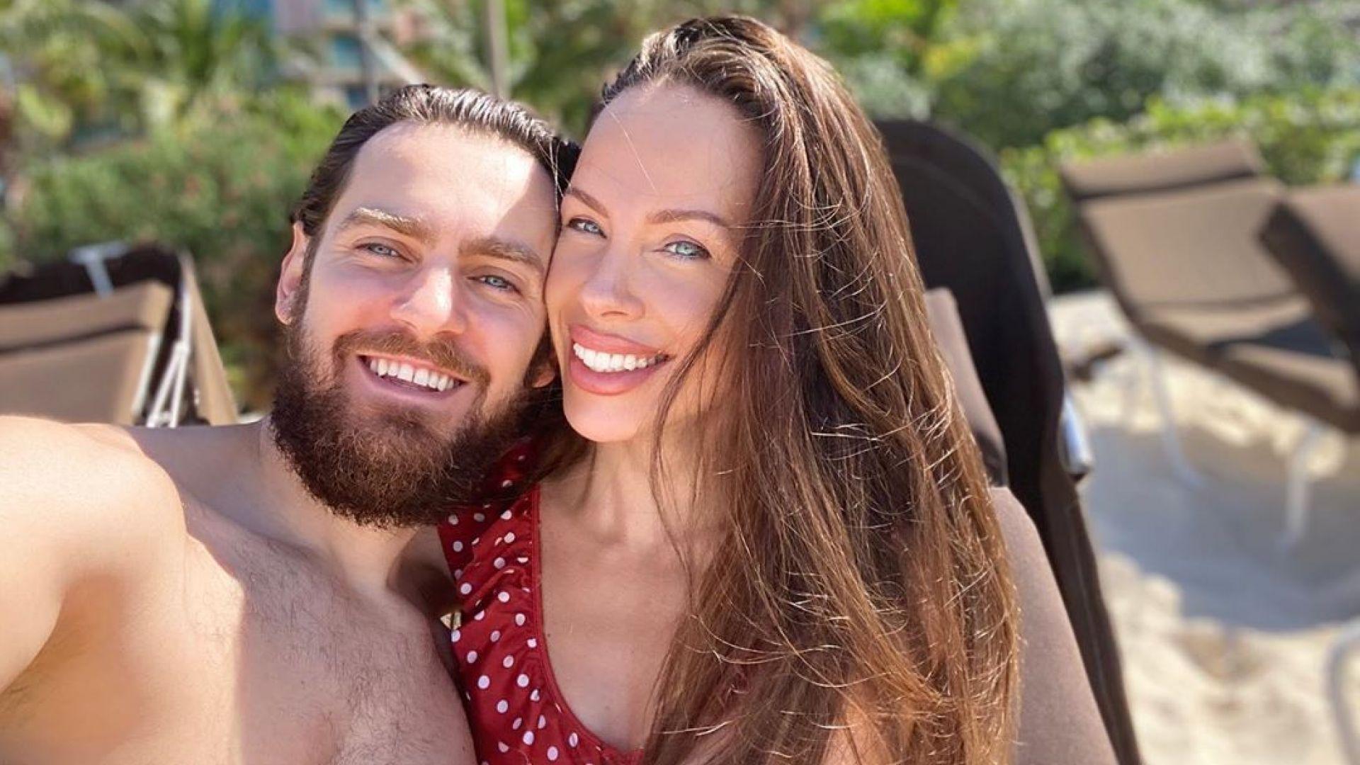Теди Бургазлиева замина на меден месец 2 години след сватбата