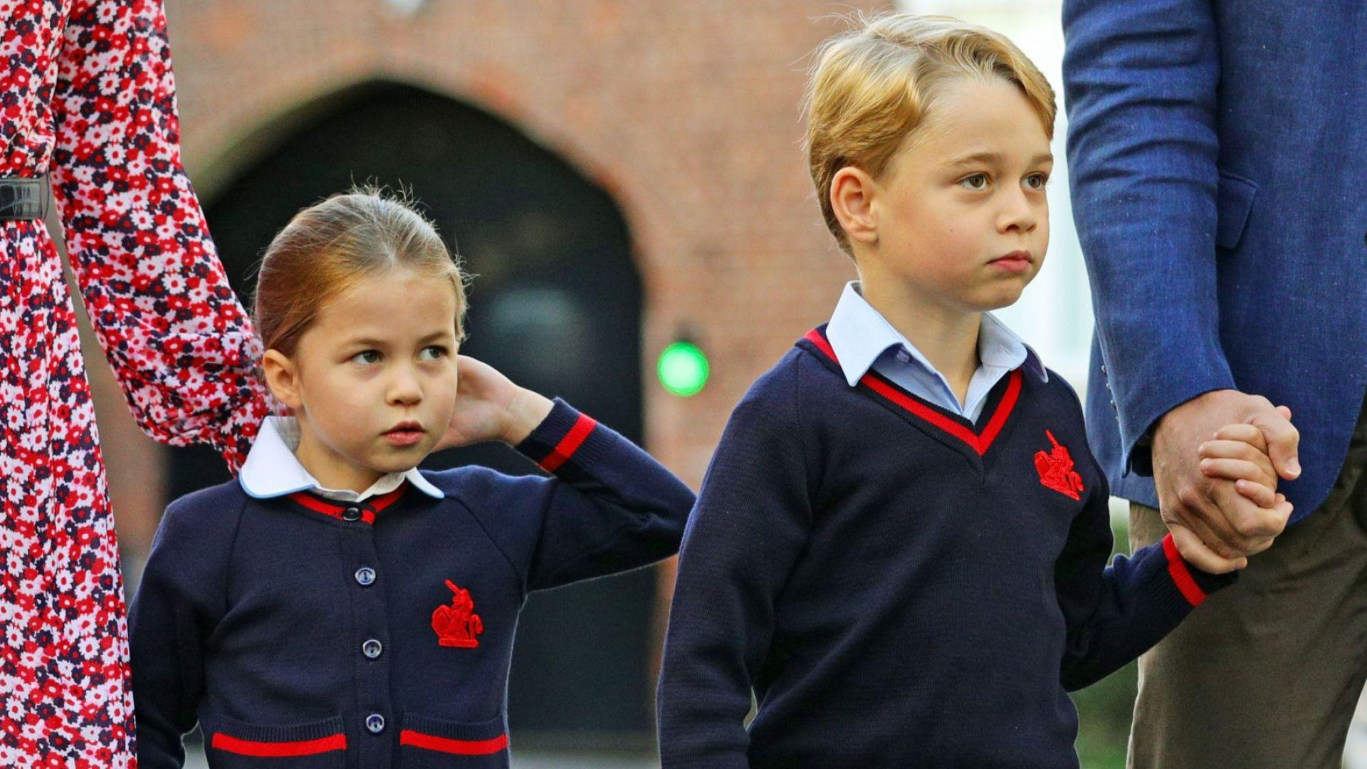 Любимото занимание на принц Джордж и принцеса Шарлот у дома