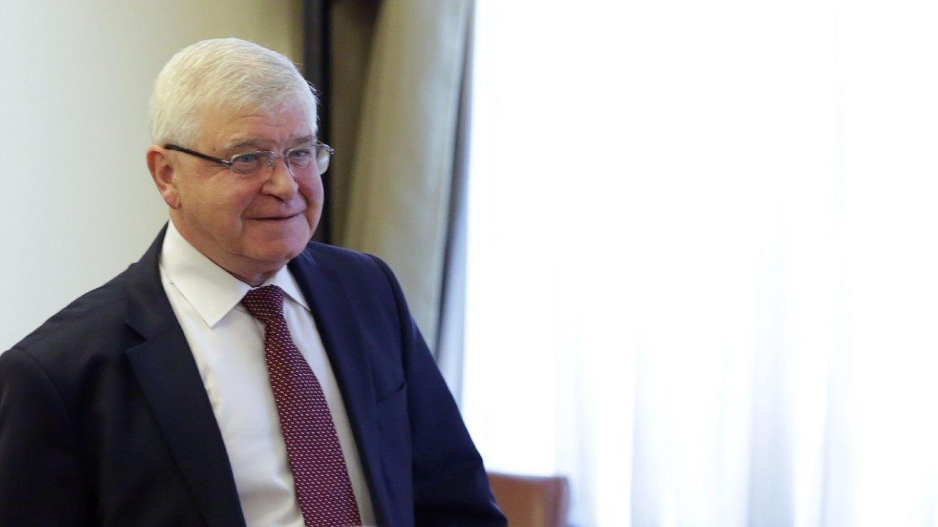 Министър Кирил Ананиев получи предварителен доклад от извършваната проверка на