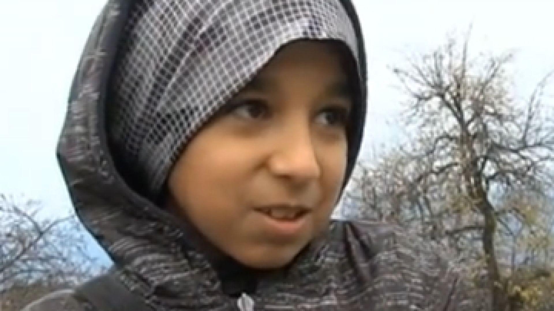 Дете на сирийски бежанци дари спестяванията си за ремонта на
