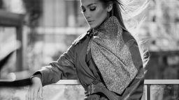 """Дженифър Лопес е новото лице  на луксозните кожени изделия """"Коуч"""""""