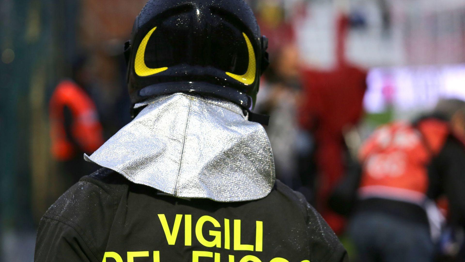 Петима загинаха в Сицилия при експлозии във фабрика за фойерверки