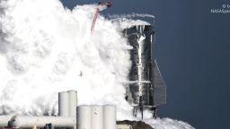 """""""Марсианският кораб"""" на SpaceX се взриви при тестове"""
