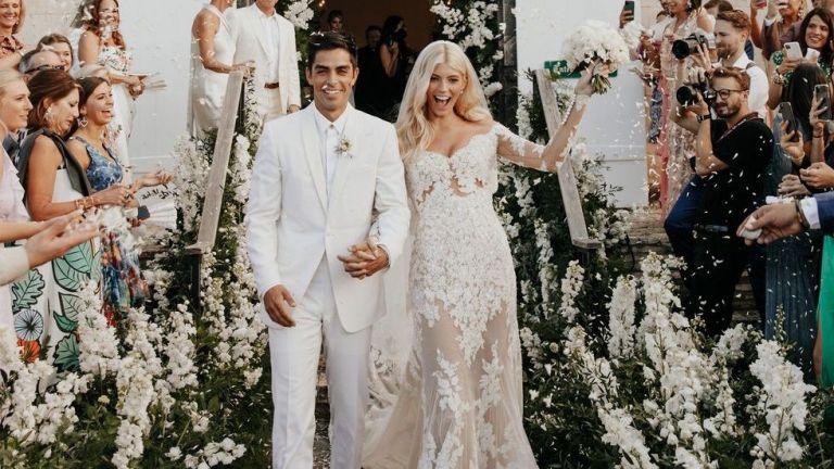 Моделът Девън Уиндзор с приказни снимки от 3-дневната си сватба