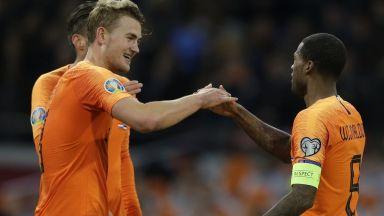 Холандските футболисти ще протестират срещу расизма