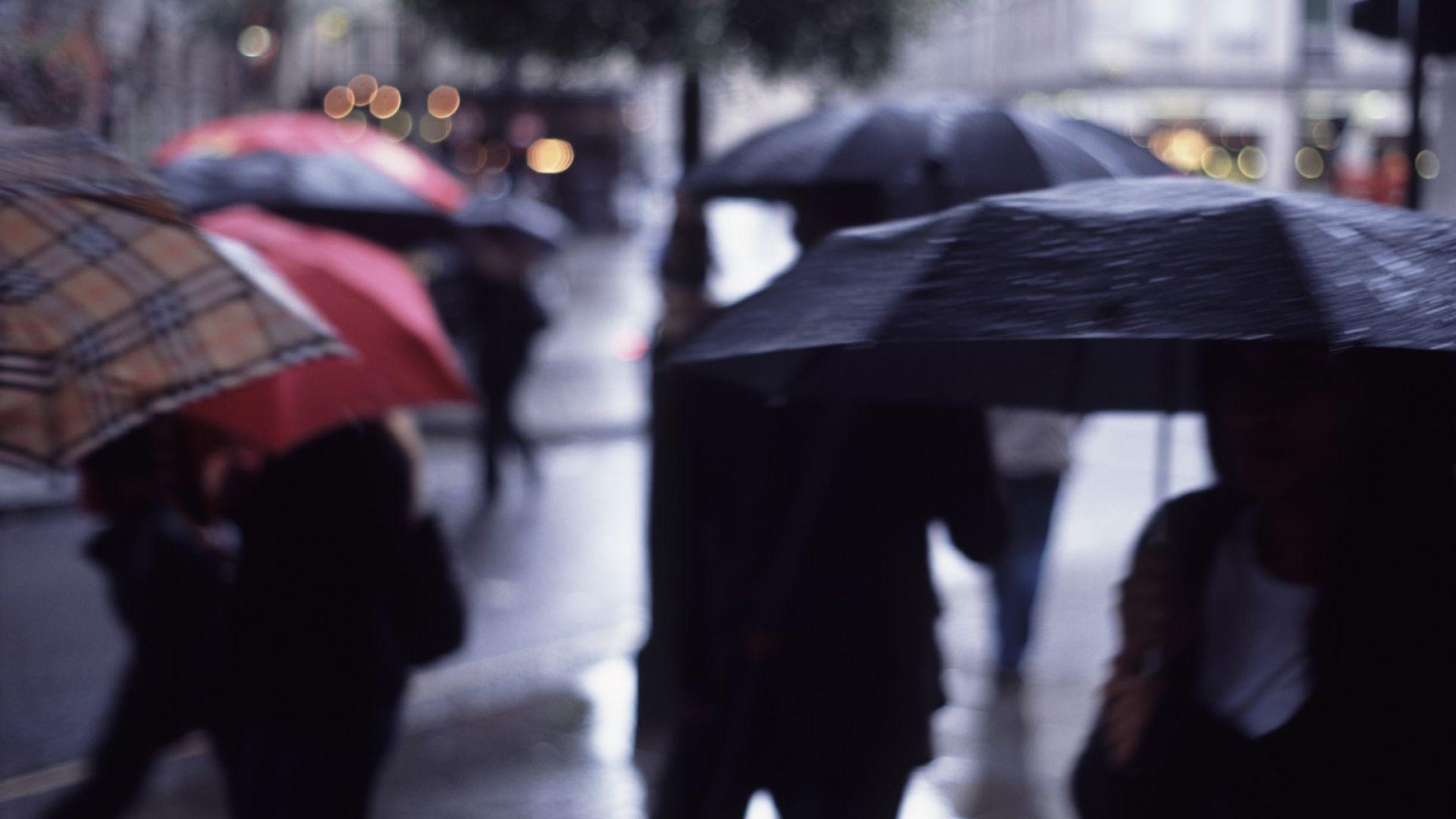 Времето омеква още от събота, дъжд ще превали в понеделник