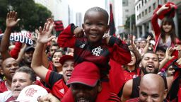 """Изповедта на един щастлив фен на Фламенго: Ако си от Рио, разбираш """"червено-черната"""" религия"""