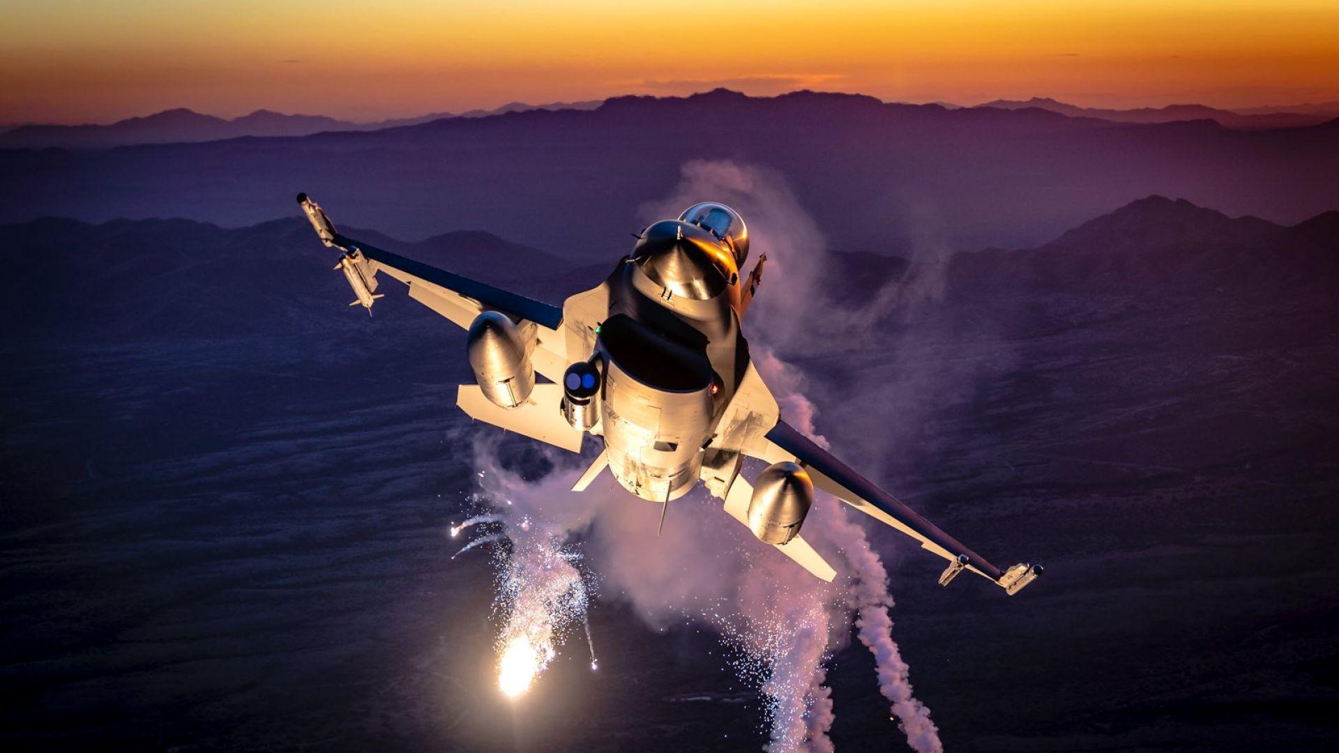 ВВС на Холандия с впечатляваща фотосесия на F-16