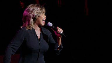 Тина Търнър и Джей Зи ще бъдат въведени в Залата на славата на рокендрола