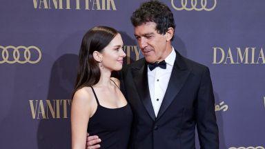 Антонио Бандерас с ослепителната си дъщеря на червения килим