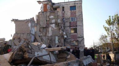 Девет души бяха задържани в Албания заради разрушителното земетресение