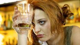 Най-добрите начини за справяне с махмурлука след коледното парти